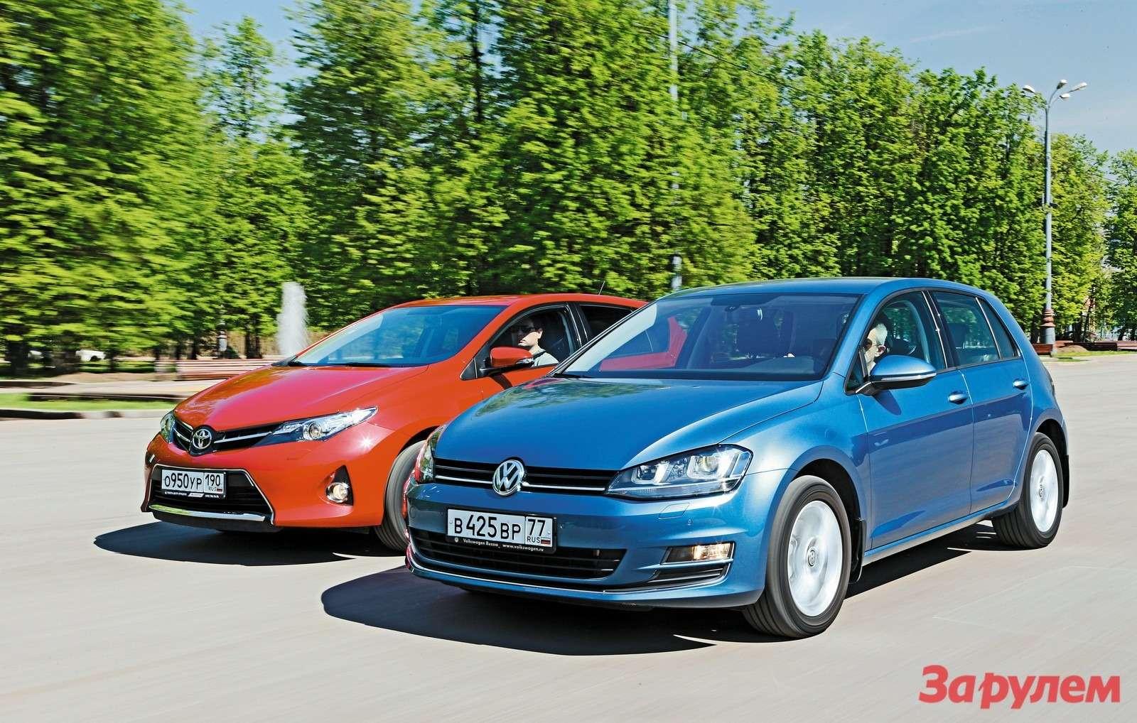 Toyota Auris иVolkswagen Golf