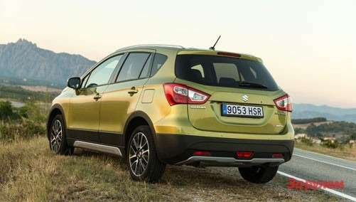 38 SX4 S CROSS Still