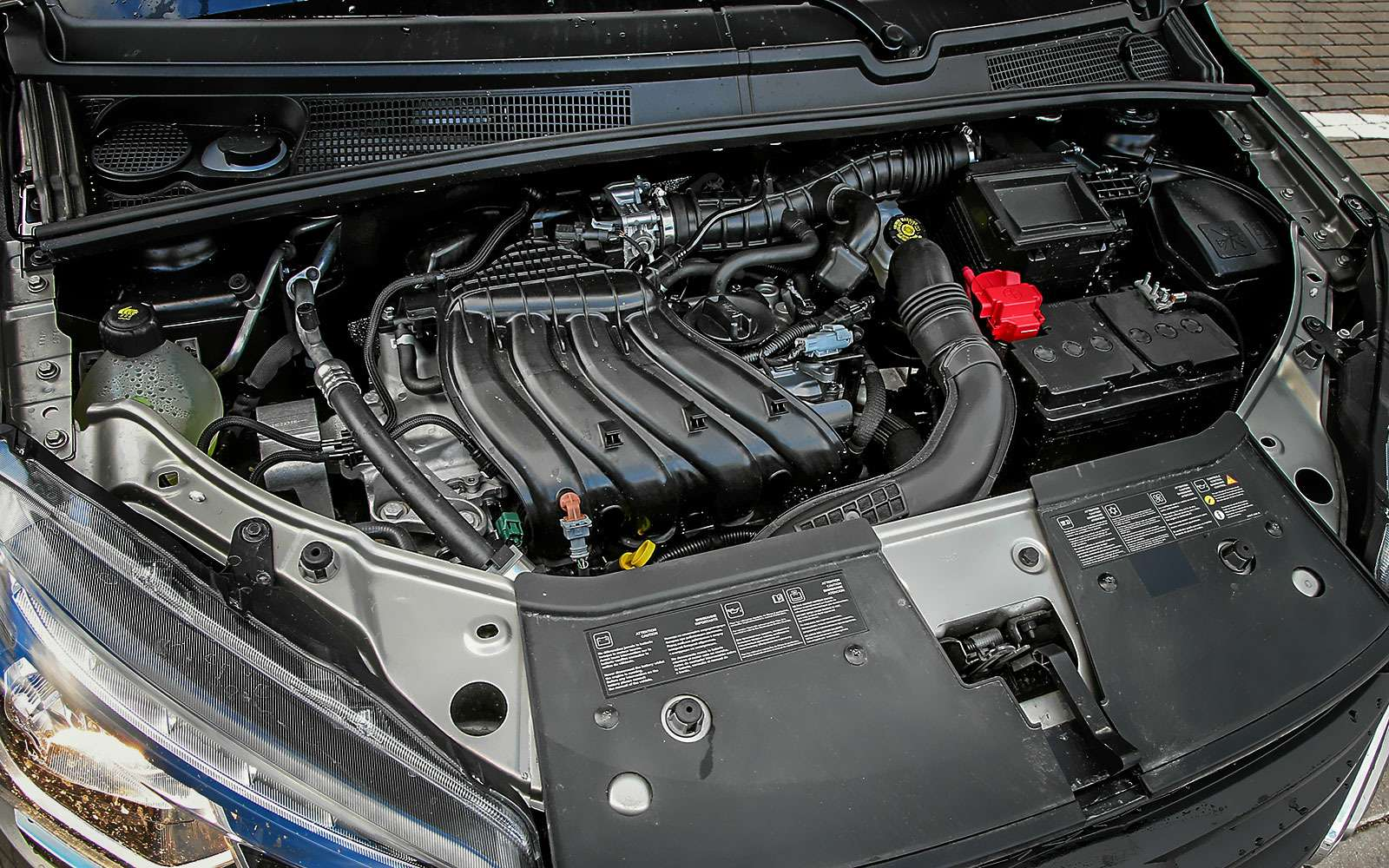 Lada XRAY: выбираем оптимальную комплектацию— фото 798505