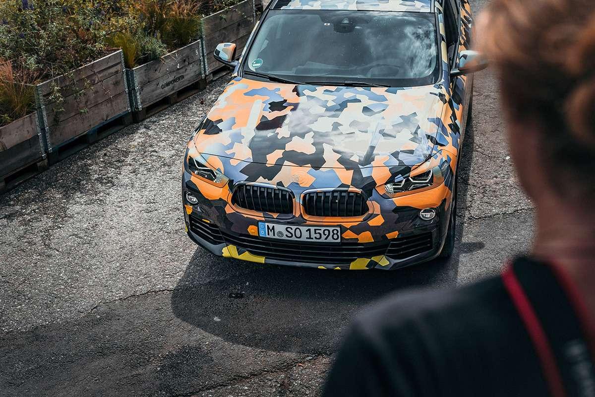 Первые фотографии серийного кроссовера BMW X2— фото 782729