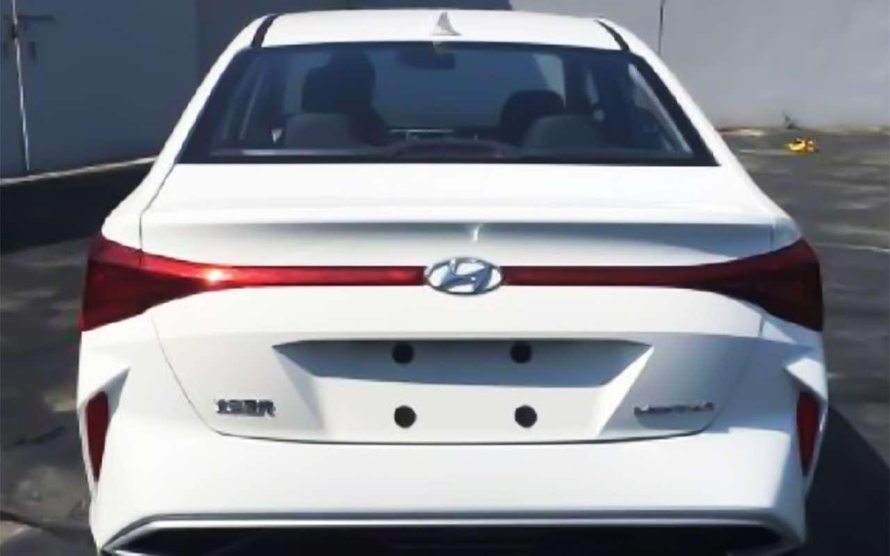 Серьезное обновление Hyundai Solaris: первые фото— фото 986700