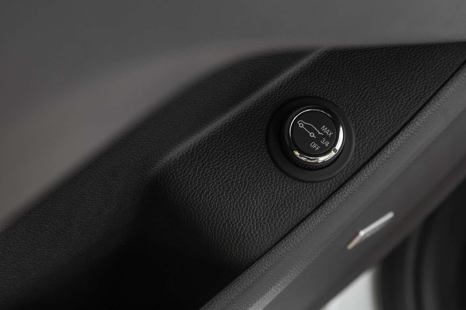 Тест-драйв Chevrolet Traverse: найти ребенка вбагажнике— фото 880721
