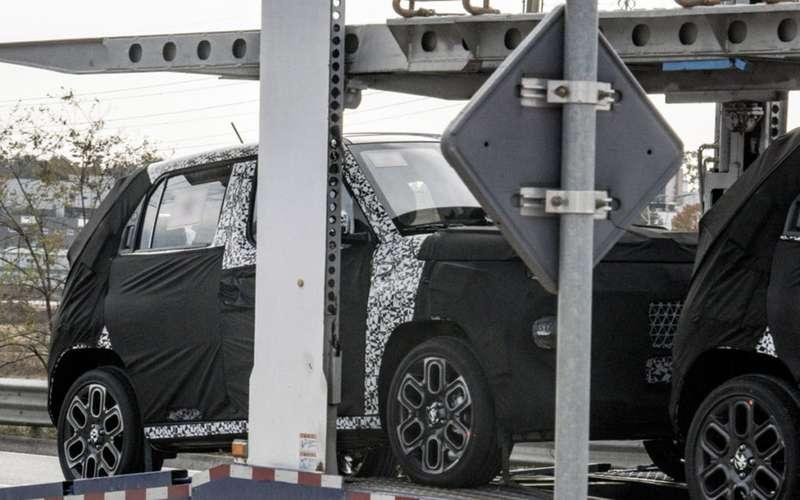 Hyundai тестирует загадочный крохотный кроссовер