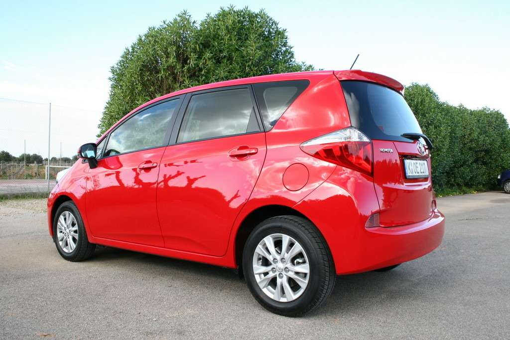 Toyota Verso-S готовится кстарту нарынке ЕС