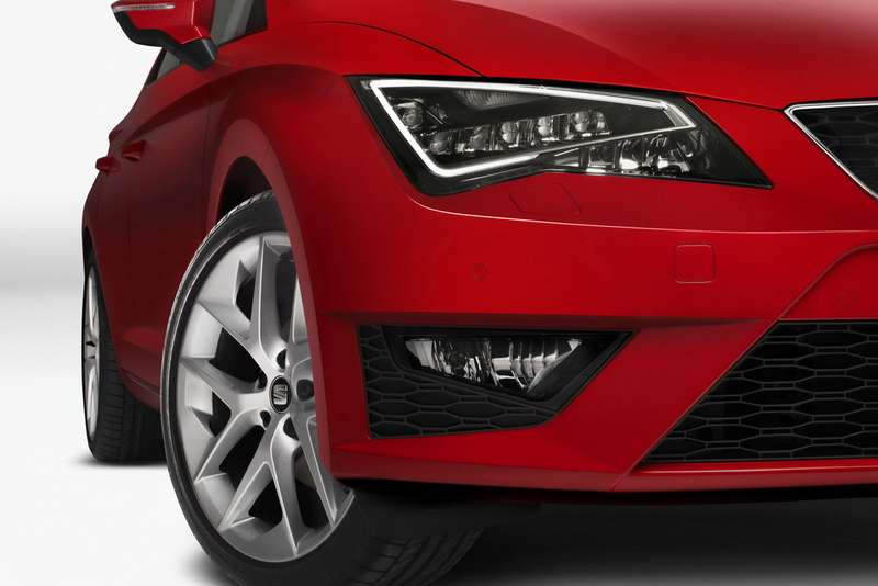 no copyright 2013 Seat Leon Full LED Headlight