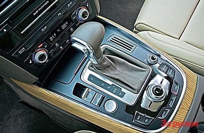 Автоматическая 8-ступенчатая коробка— прерогатива бензиновых модификаций.