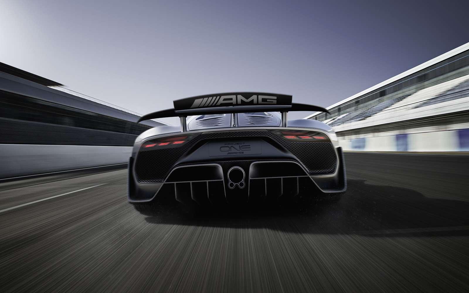 2 секунды досотни— Mercedes-AMG Project ONE против Aston Martin Valkyrie— фото 805547