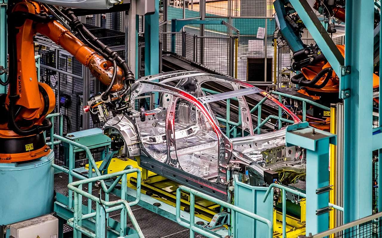 Новый Mercedes-Benz А-класса— первая встреча— фото 853348