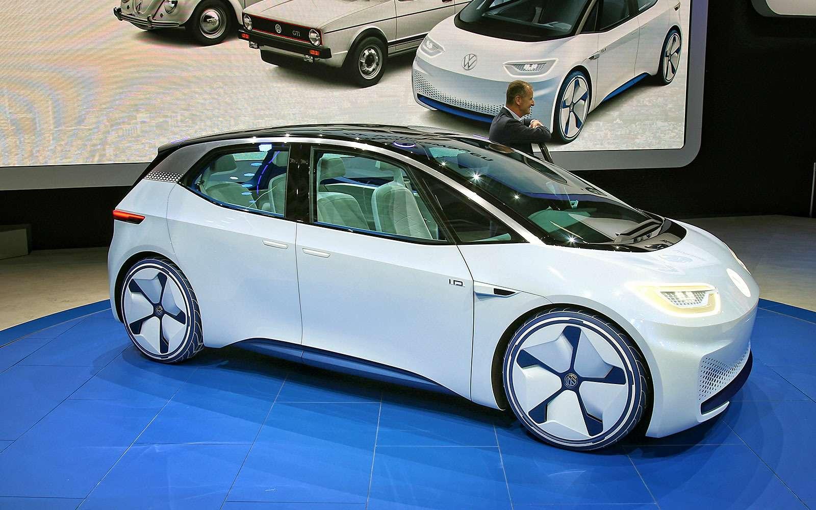 Бестселлер нового мира: Volkswagen намекнул набудущий электрокар— фото 641548