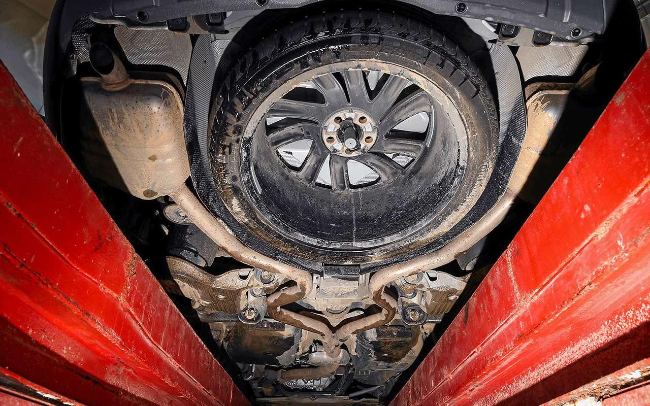 Новый VWTouareg, Land Rover Discovery иLexus RX350: большой тест-драйв— фото 899446