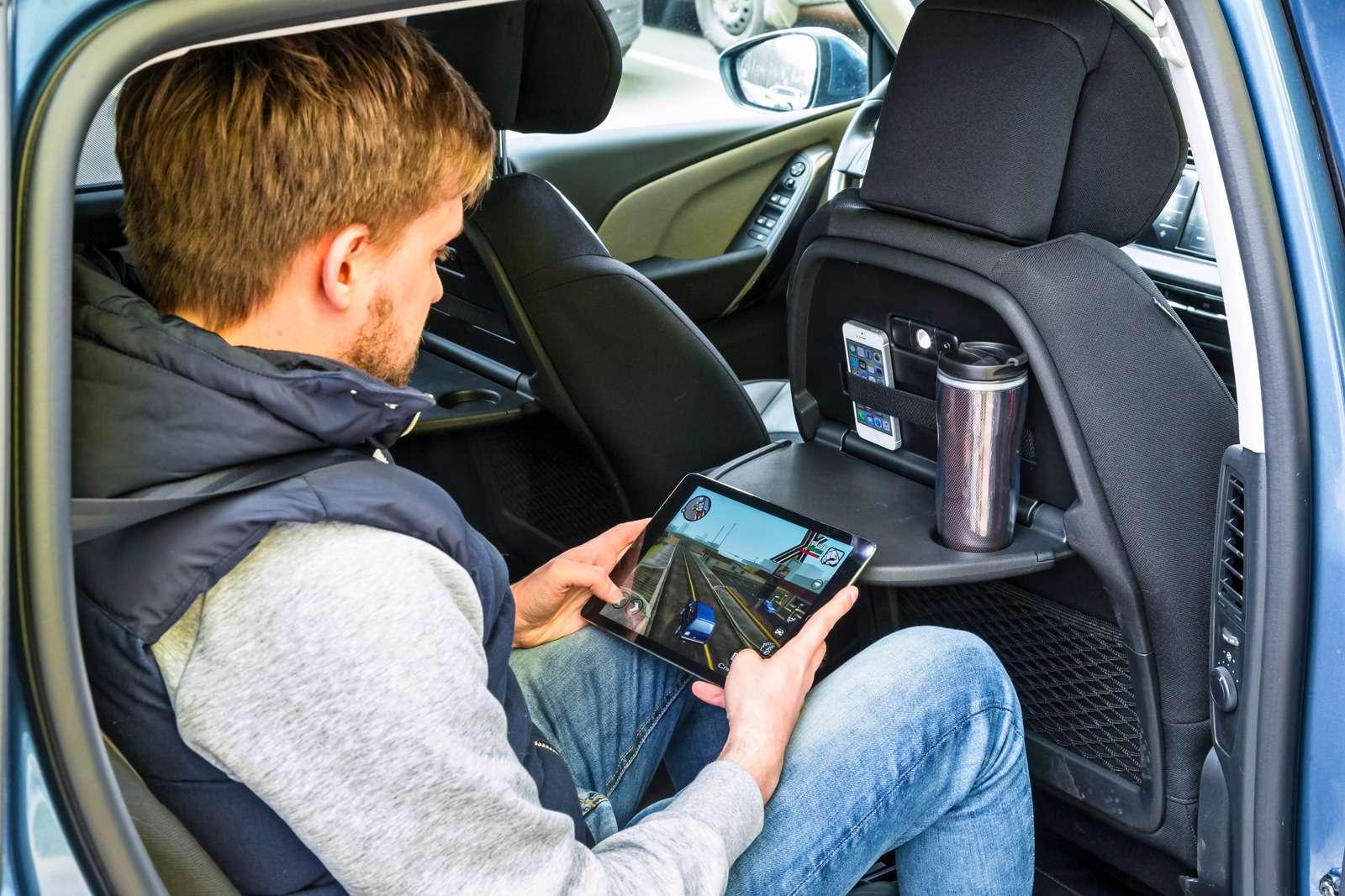 Изящество или практичность? Citroen Grand C4Picasso против VWCaddy Maxi— фото 599139