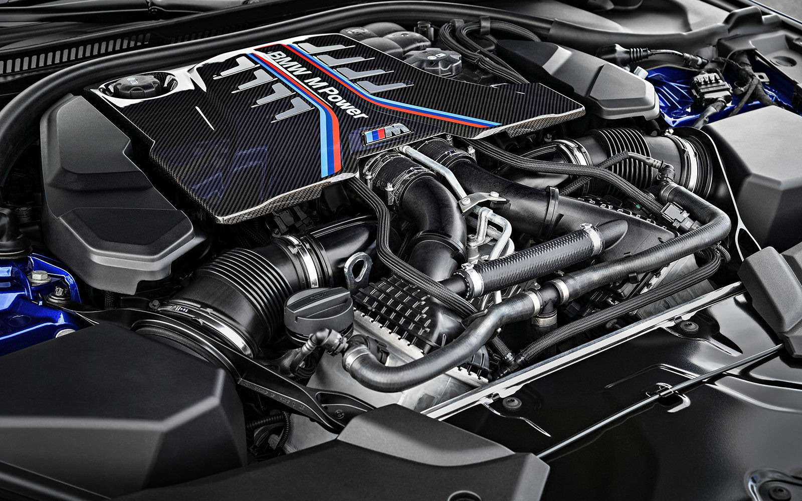 Новый BMW M5: спортседан накаждый день (идлядрифта)— фото 786419