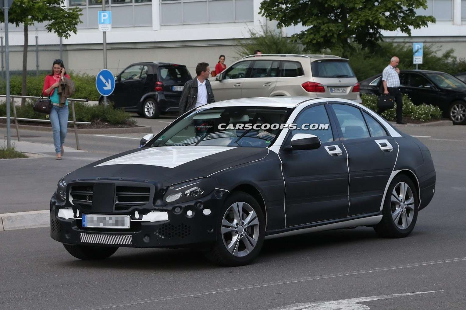 2015 Mercedes C Class Undisguised Carscoops5[3] no copyright