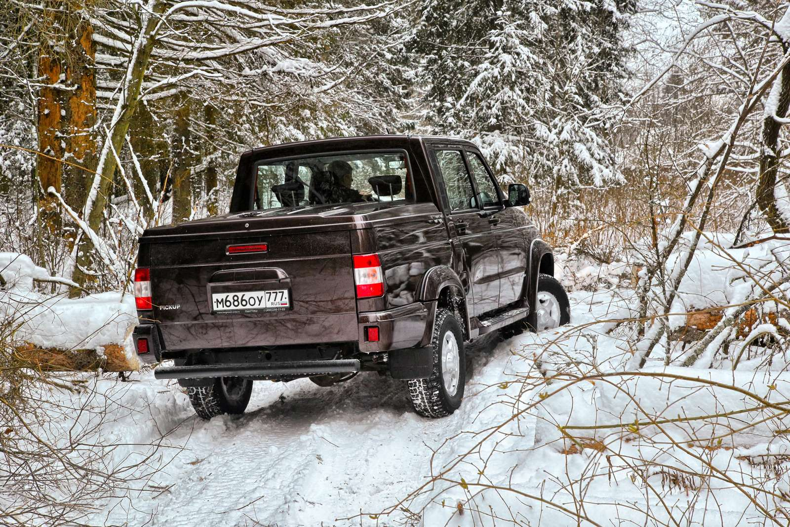 00-UAZ-Pickup_zr-03_16-HDR