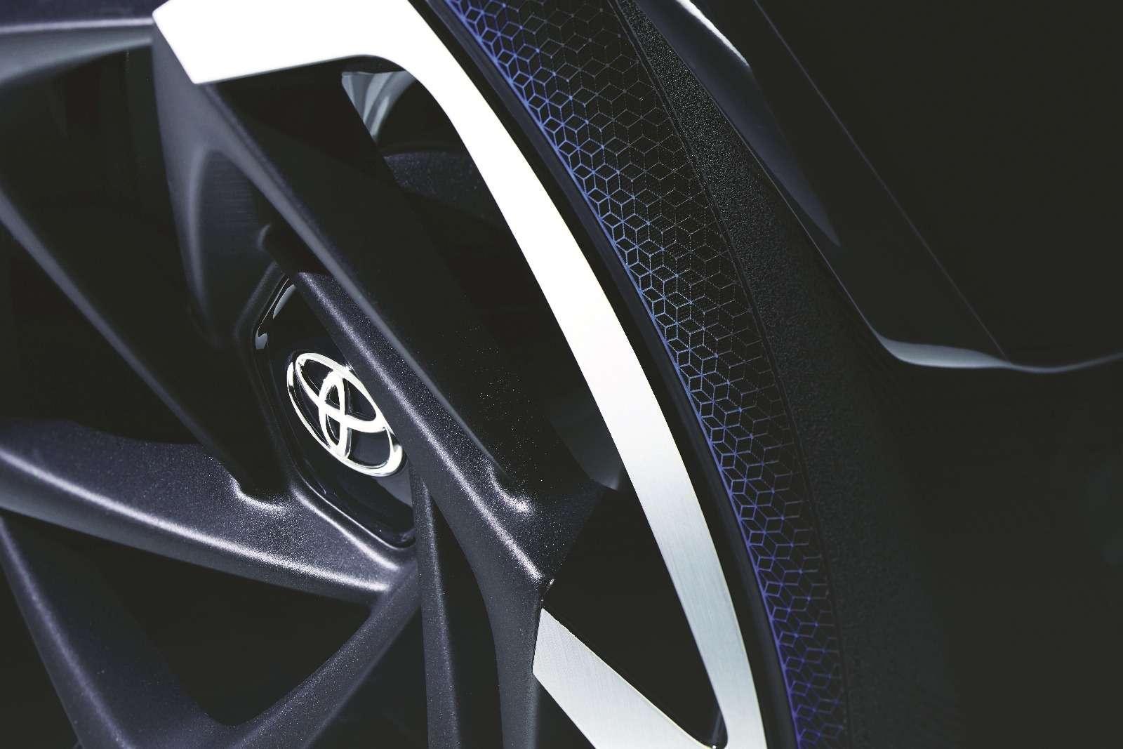 Toyota разработала автомобиль дляматерей-одиночек— фото 719162
