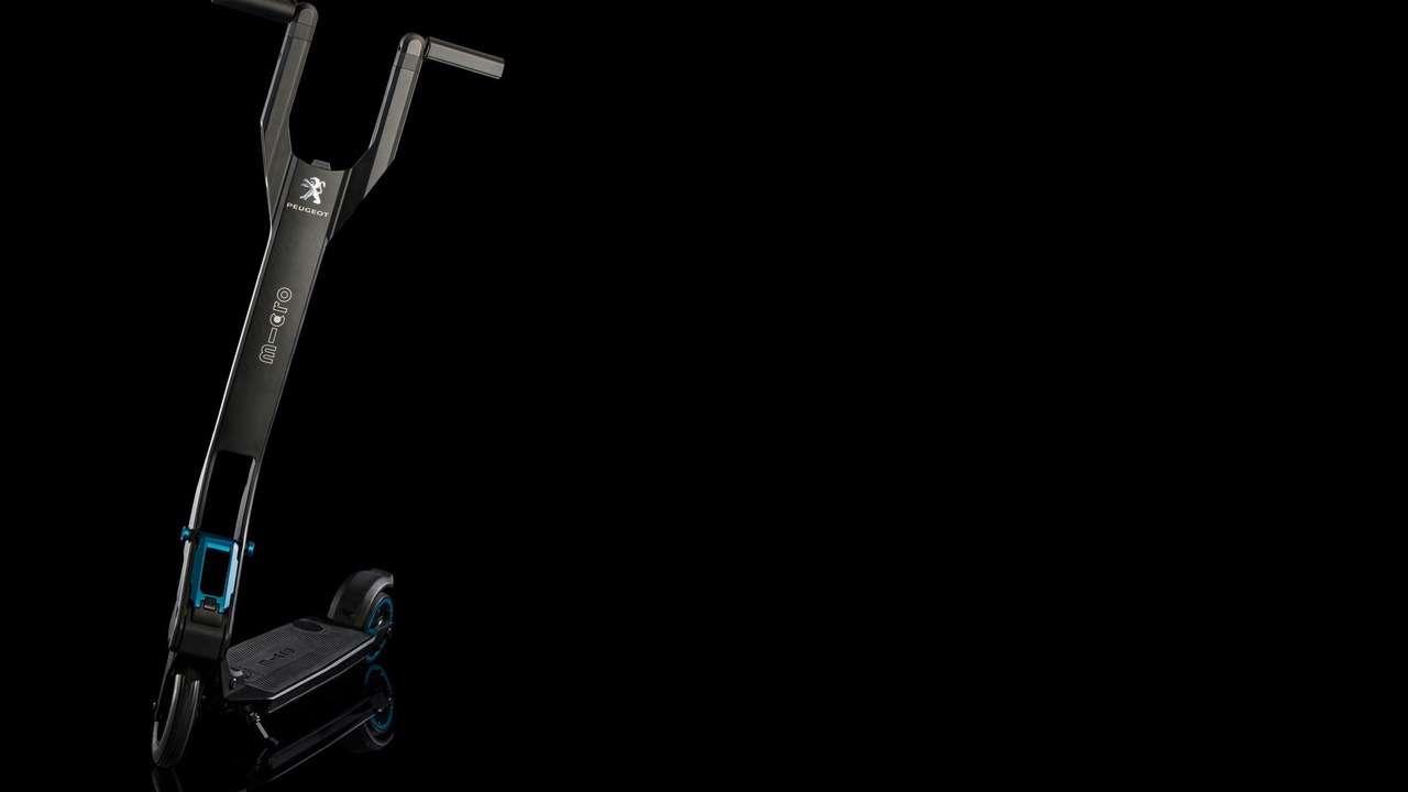 Peugeot дополнит кроссовер 3008 электросамокатом— фото 590917