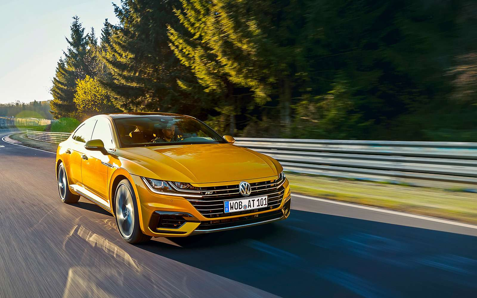 Volkswagen Arteon— первый тест-драйв— фото 768777