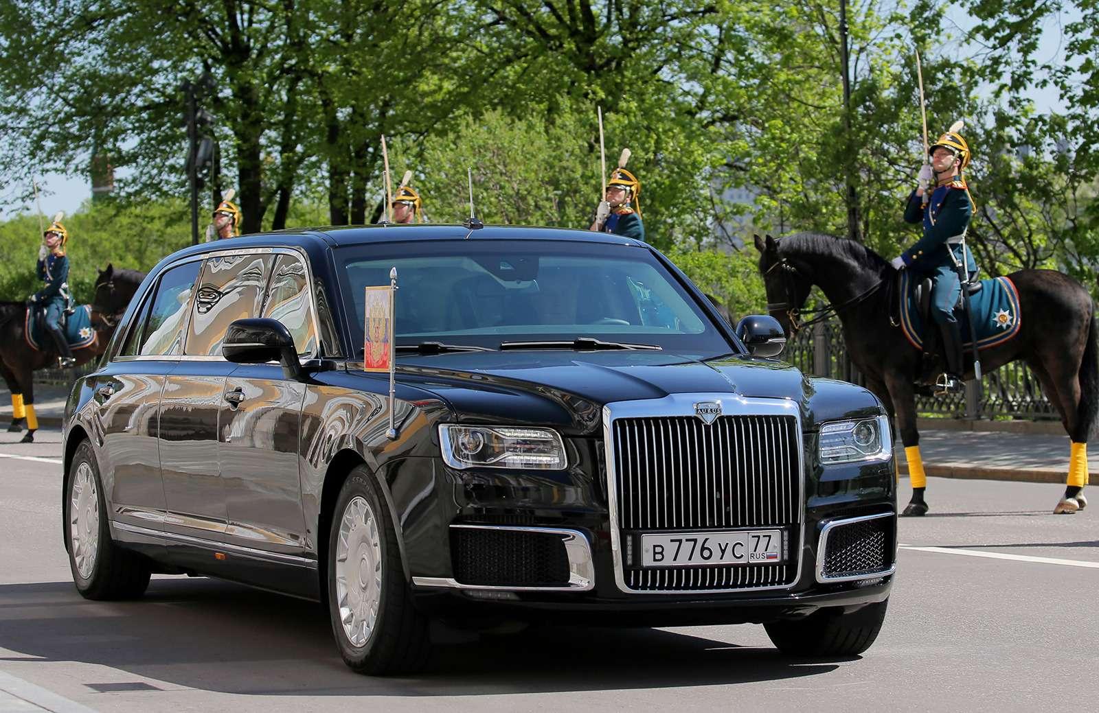 Лимузин президента: 4факта осамом крутом российском автомобиле— фото 868526