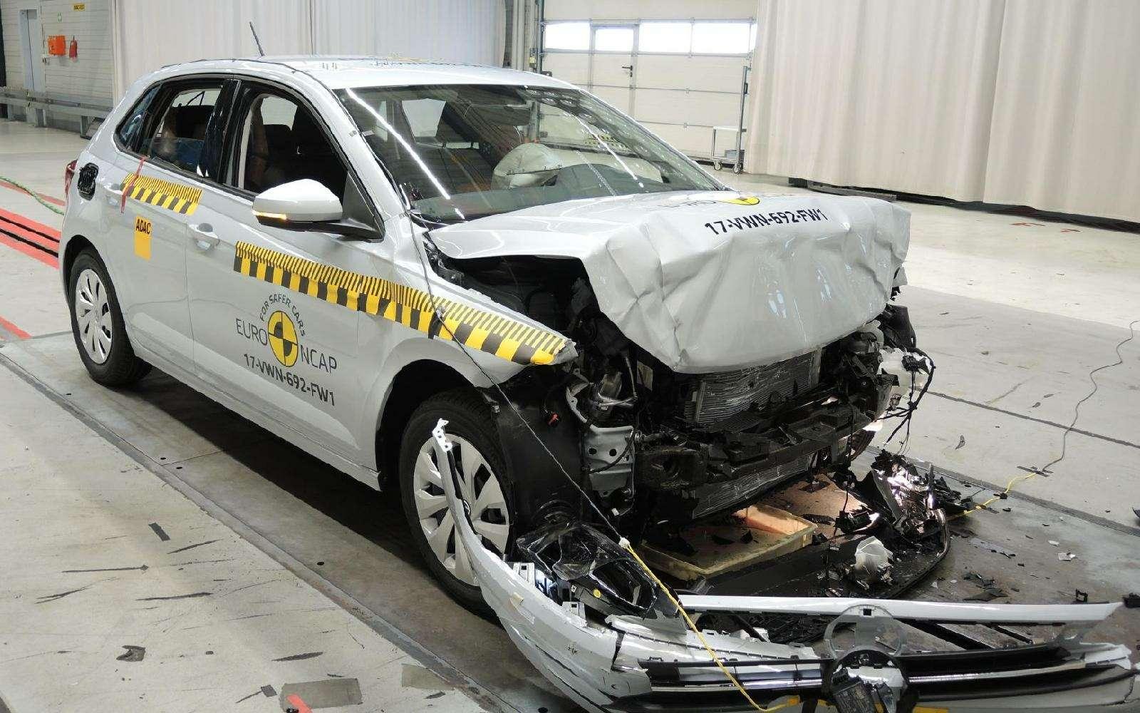 Названы самые безопасные автоновинки прошлого года— фото 834544