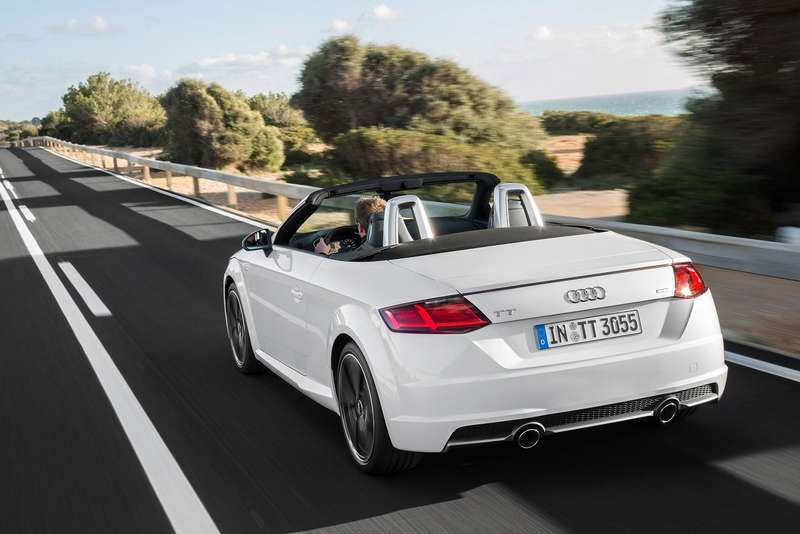 Audi-TT_Roadster_2015_1600x1200_wallpaper_20