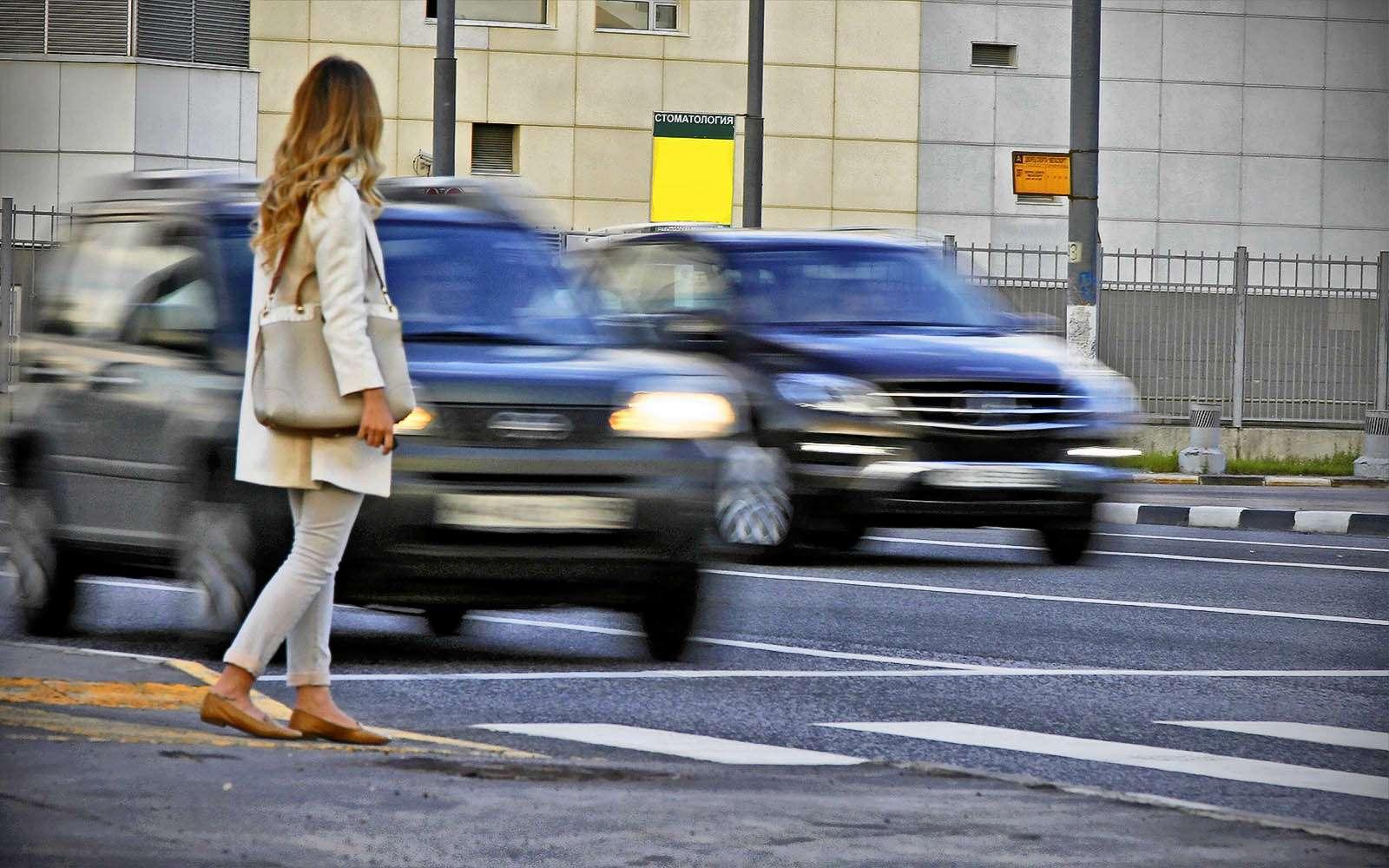 Водители ипешеходы: кто прав, акто правее?— фото 598580
