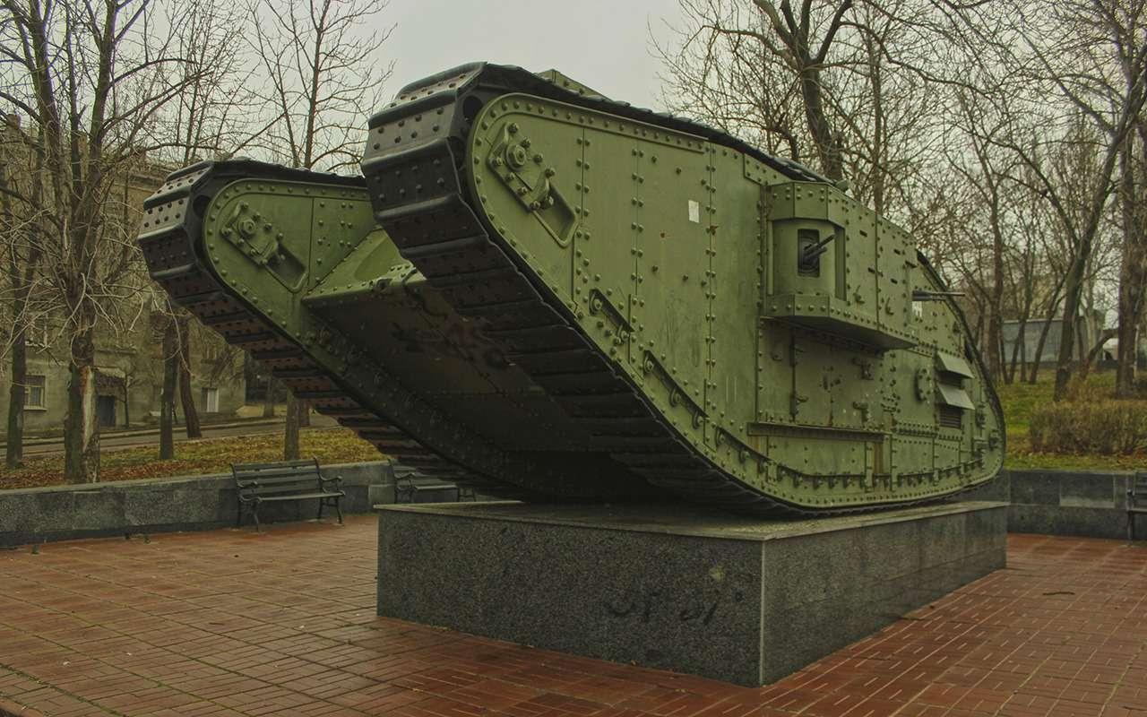 Ромбовидные «самцы» и«самки»: как вымерли самые нелепые танки— фото 998477