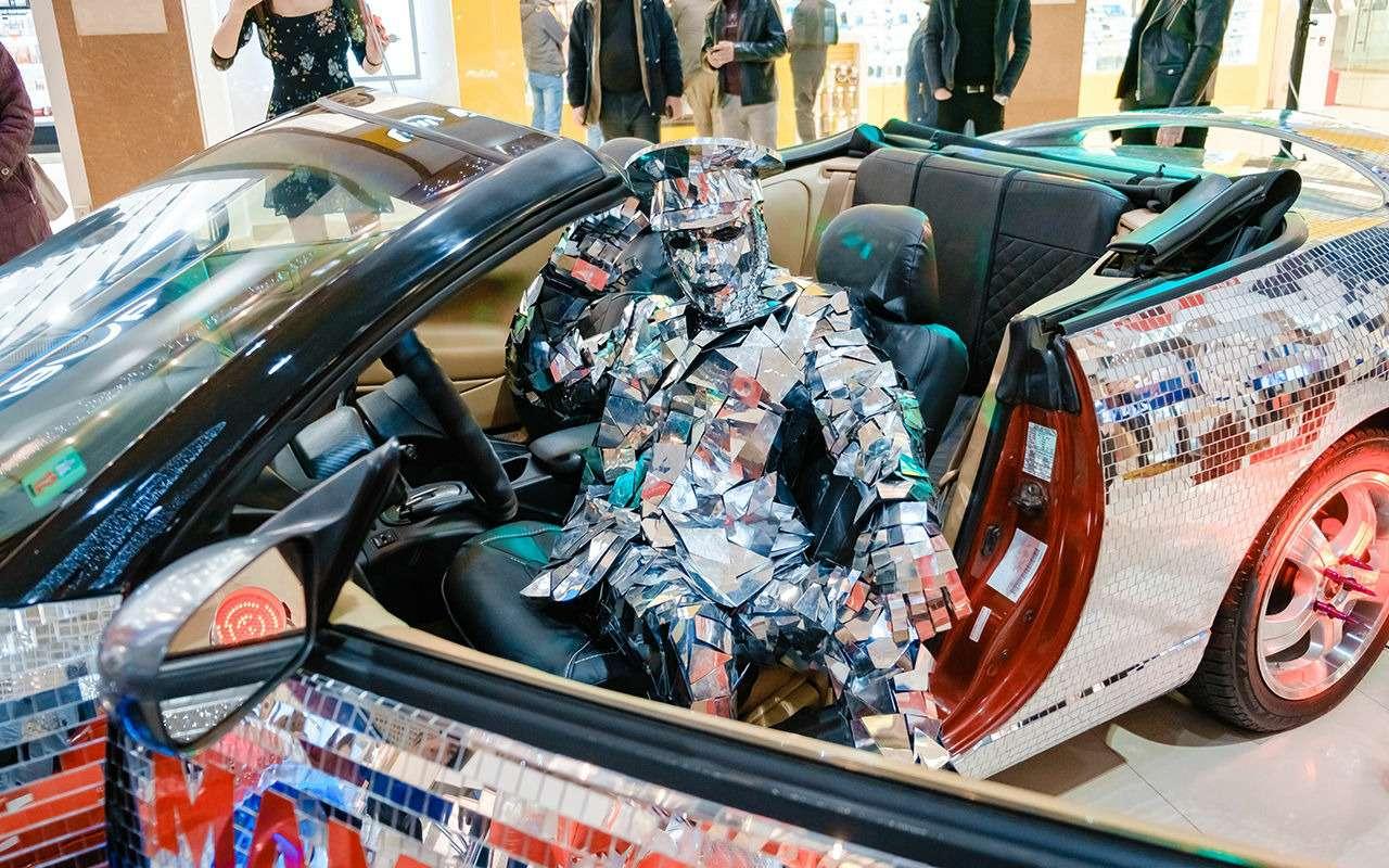 Экстрим-тюнинг по-нашему: кабриолет с65тысячами зеркал— фото 1021934