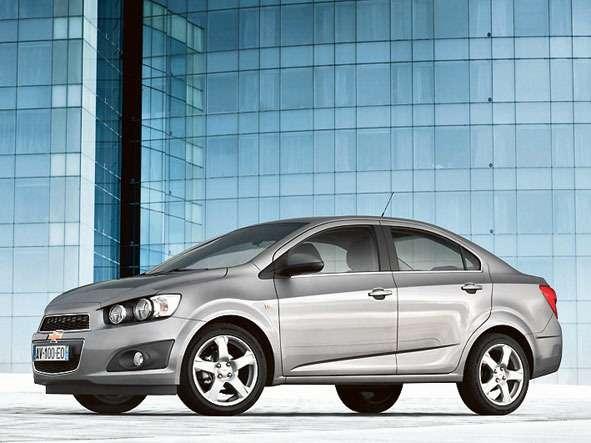Chevrolet-Aveo-sedan