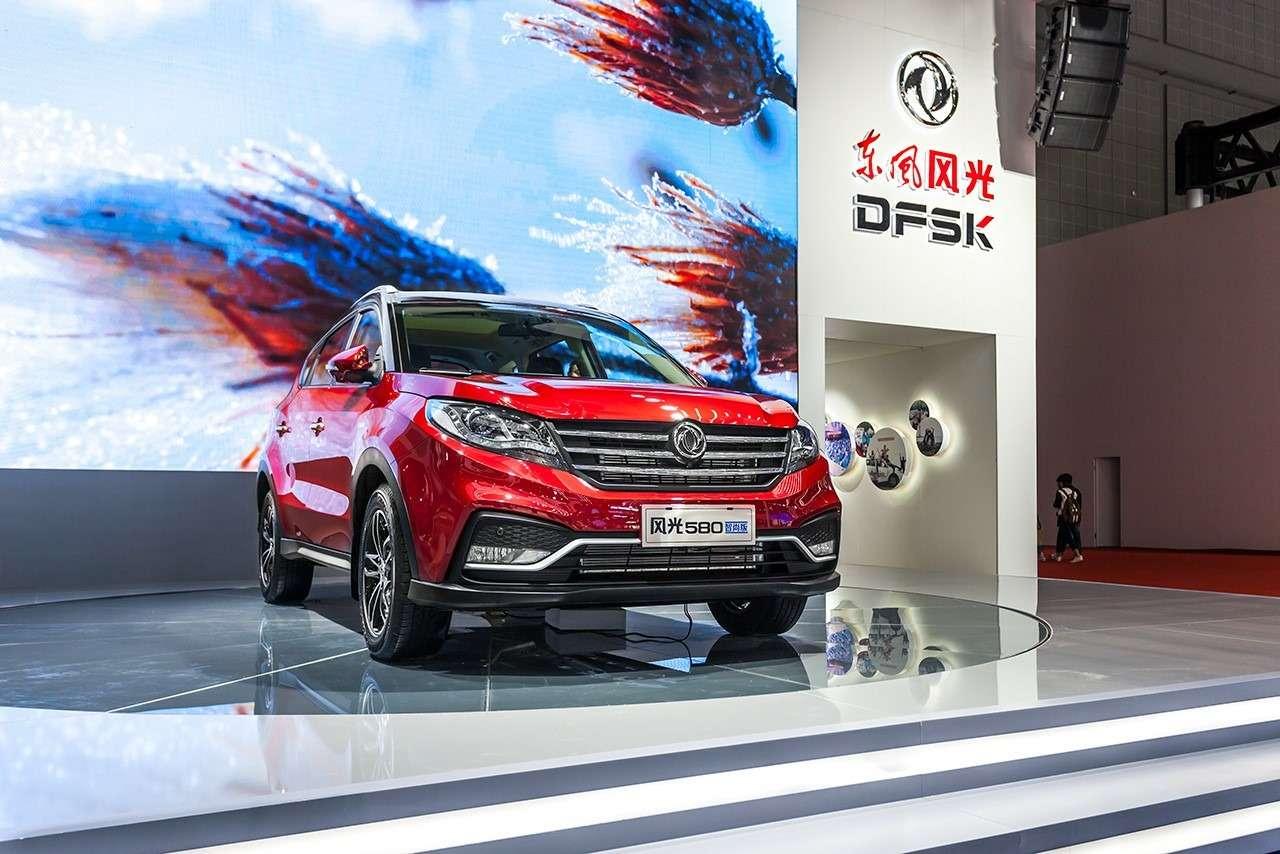 Dongfeng Motor привезет вРоссию семиместный кроссовер— фото 744014