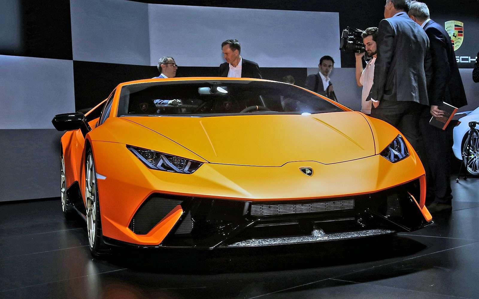 Тайны чемпиона: Lamborghini представила суперкар Huracan Performante— фото 717335