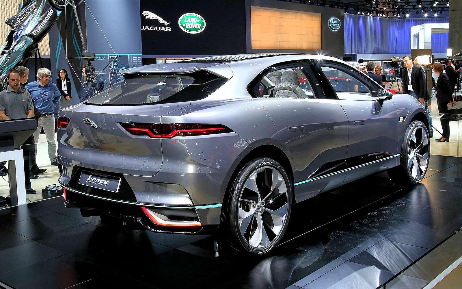 Бесшумная поступь хищника: Jaguar представил электрокроссовер I-Pace— фото 665283