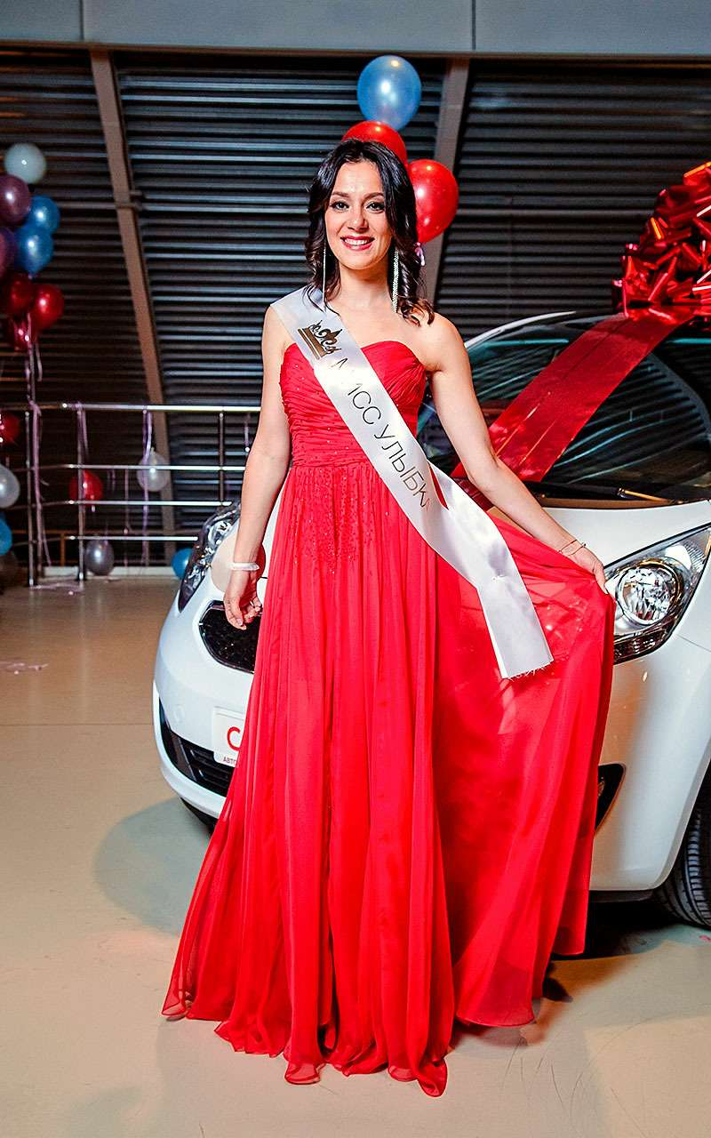 Служащая ВДВ выиграла автомобиль наконкурсе красоты «Автомисс 2017»— фото 780499