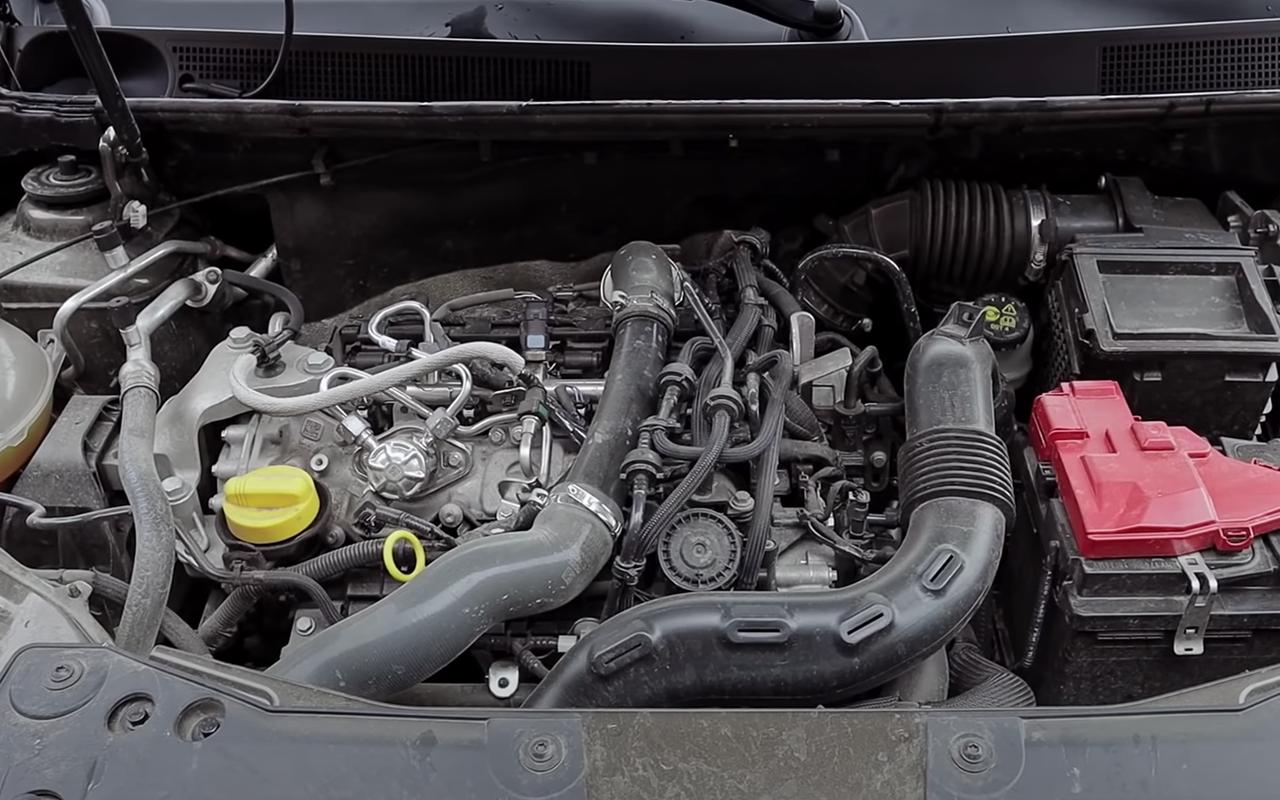 Renault Duster или Hyundai Creta: какой кроссовер подходит именно вам?— фото 1254820