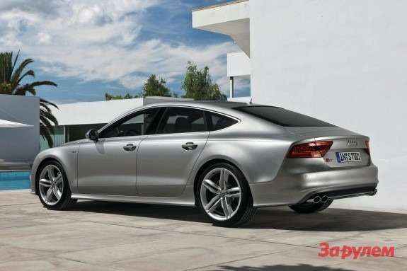 Audi S7 Sportback side-rear view