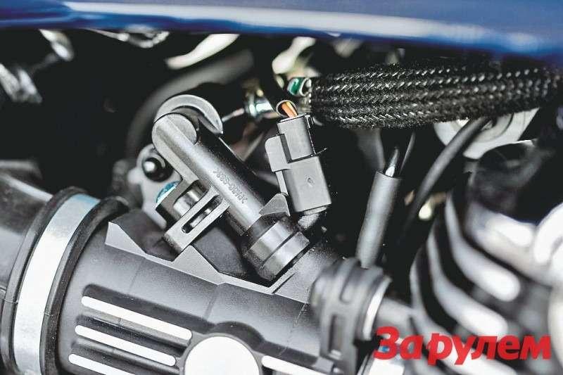 Система питания Triumph Thunderbird