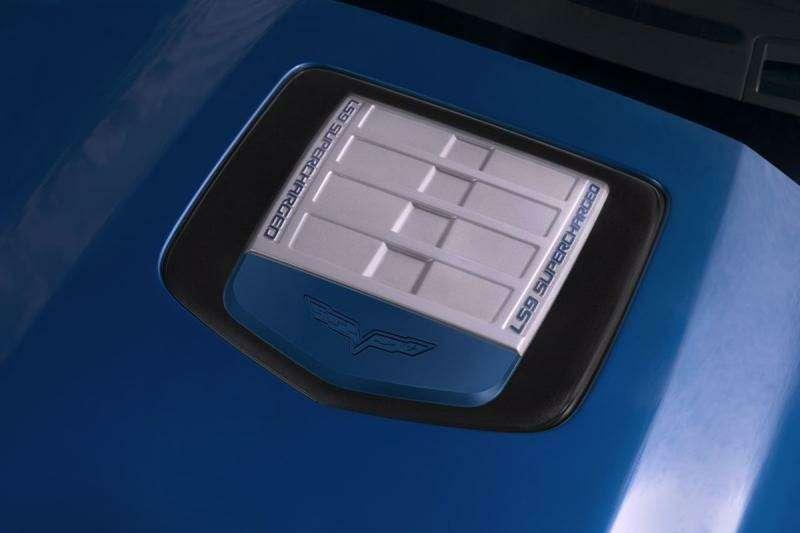 Chevrolet Corvette ZR-1на трассе Нюрбургринга: 7:26.4на круг— фото 348849