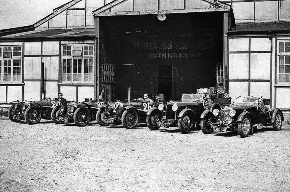 Те, кому за100: самые старые производители автомобилей— фото 589219