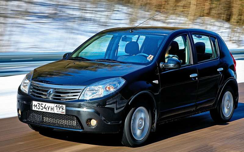 Renault Sandero спробегом: 81/2 мелких проблем