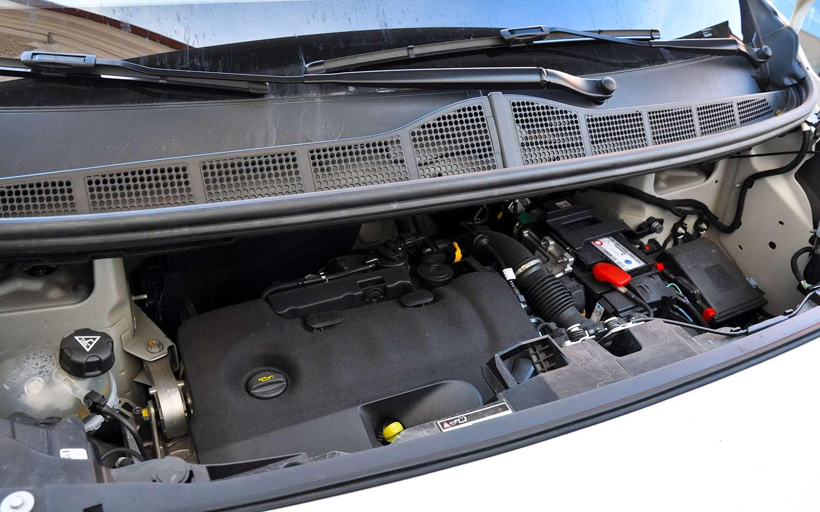 Фургоны Citroen Jumpy иPeugeot Expert: вся разница— вшильдиках— фото 769524