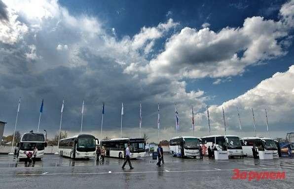 Фестиваль Мир автобусов 2013