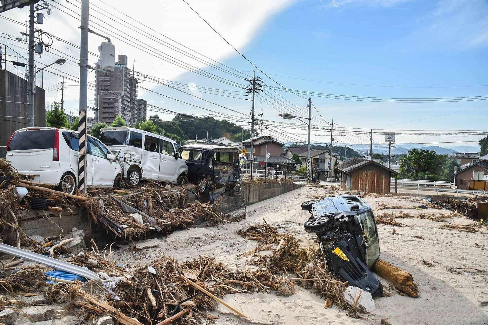 Наводнение вЯпонии: тысячи утопленных машин. Ждем ихвРоссии?— фото 886653
