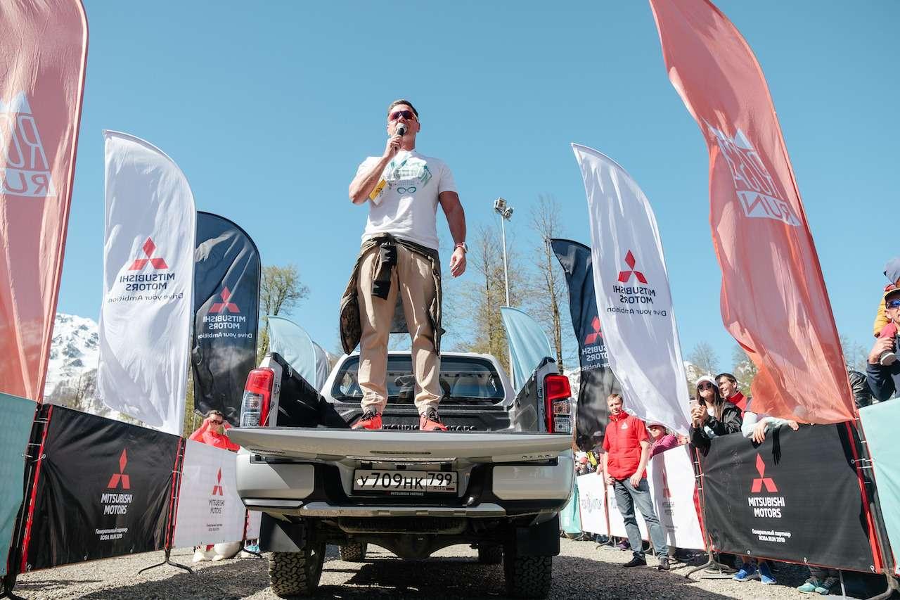 Pajero Sport или новый L200? Выбираем авто подзадачи— фото 977739