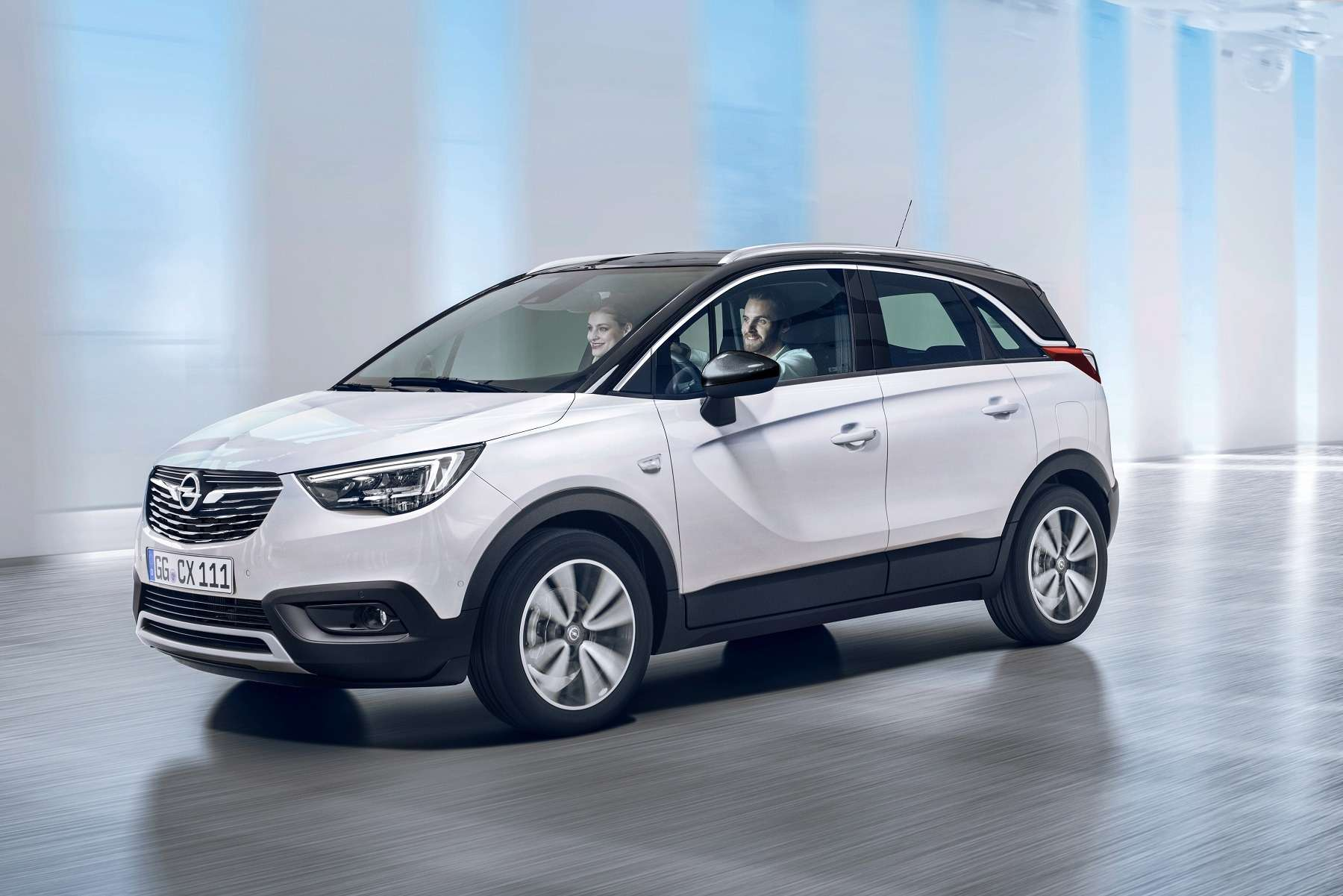 Кроссовер Opel Crossland Xпредставлен официально— фото 694501