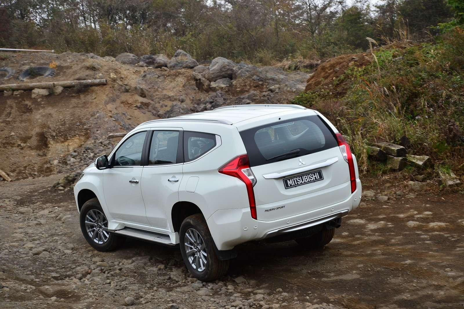 Mitsubishi Pajero Sport new_2