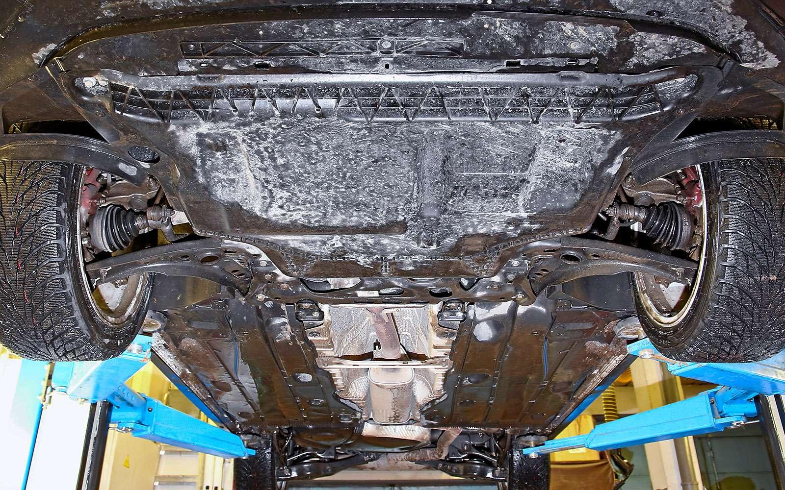 VWGolf GTI против Infiniti Q30—  кто любит погорячее— фото 710196