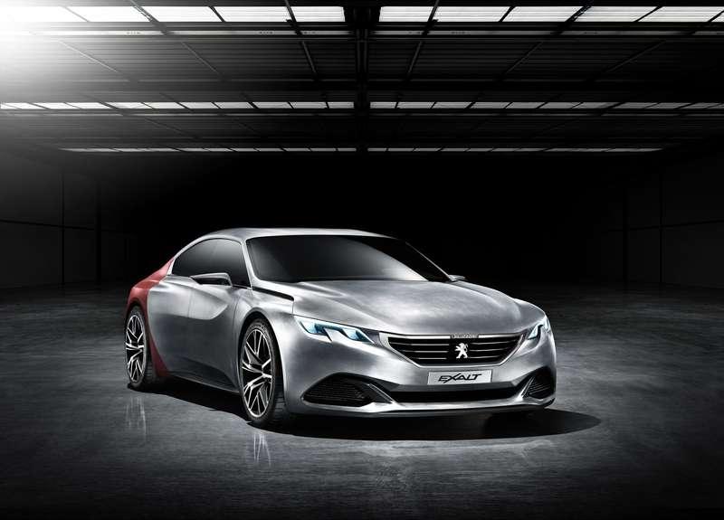 Концепт Peugeot Exalt