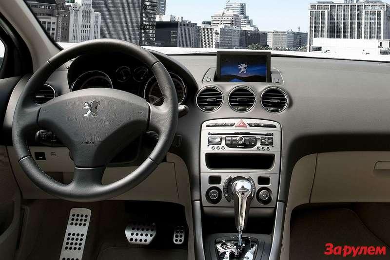 Peugeot-408-Sedan-China8