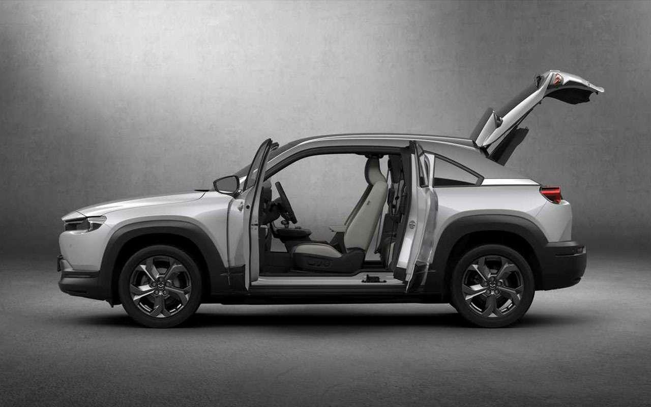 Mazda представила новый кроссовер дляЕвропы— фото 1004196