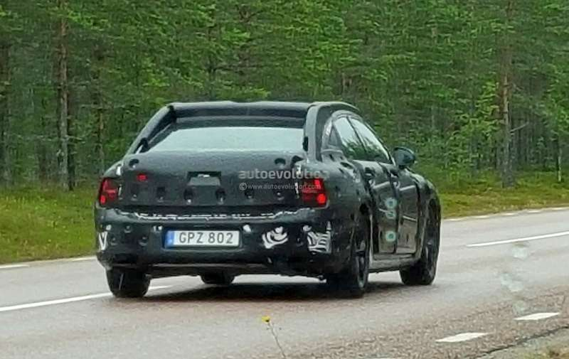2017-volvo-s90-spied-as-swedish-carmaker-works-to-make-it-more-luxurious-than-xc90_2