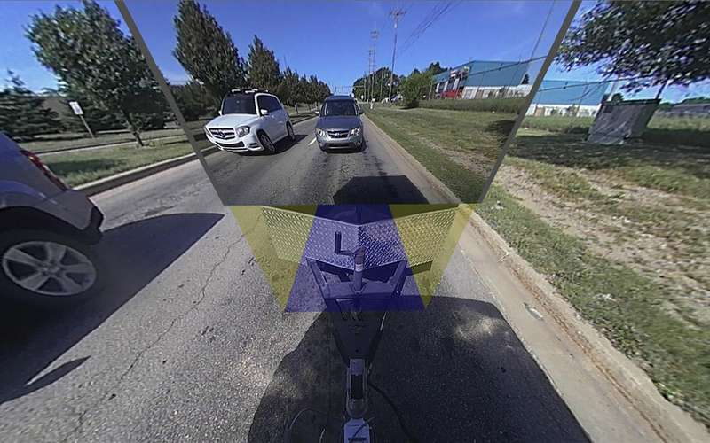 Увидеть все: сделан прозрачный прицеп дляавтомобиля